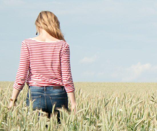 Auf www.ompure zeige ich dir, wie du regelmäßige Erholungsinseln in deinen Alltag einbauen kannst.